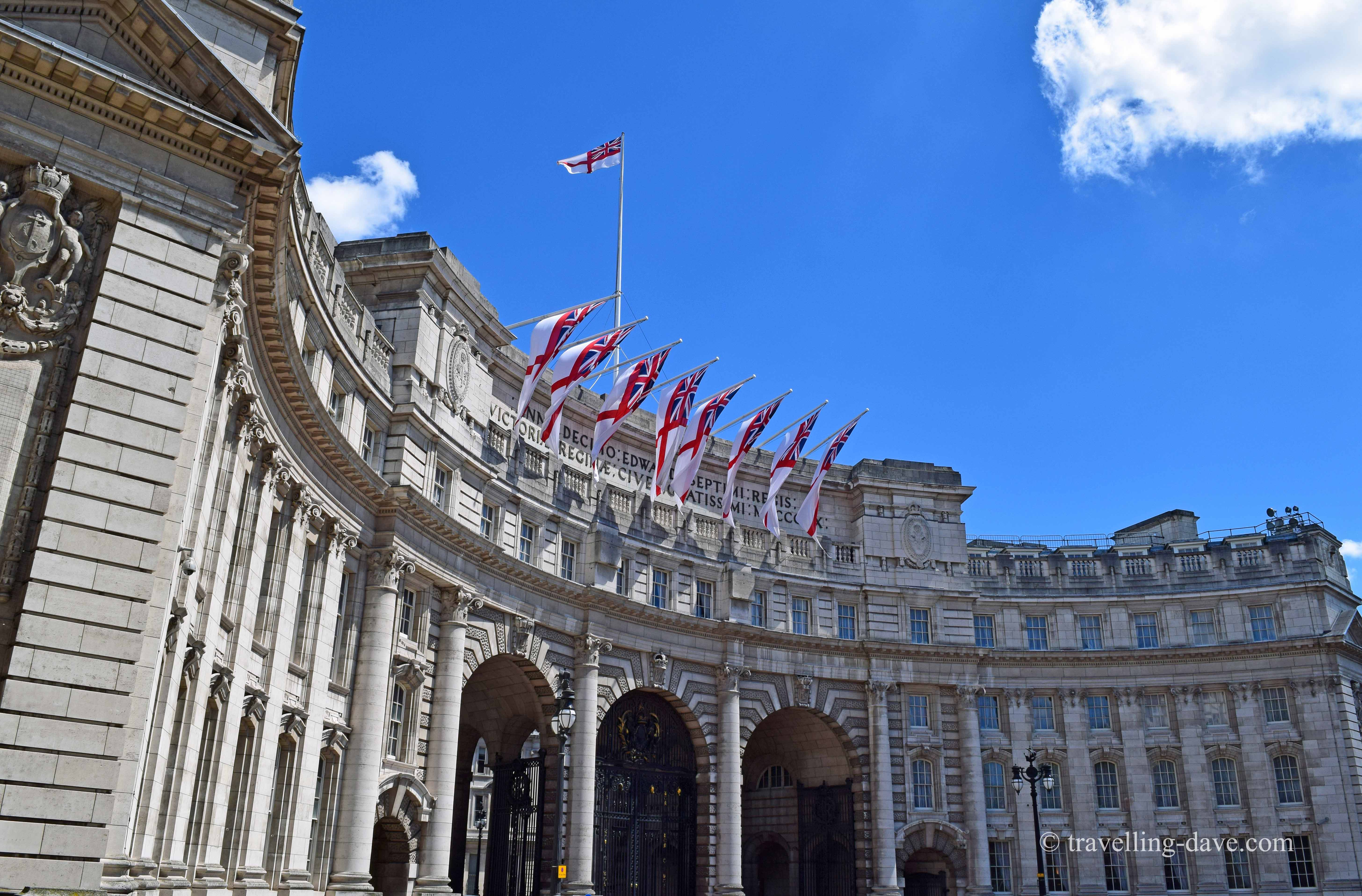 View of the Admiralty Arch on the Mall in London