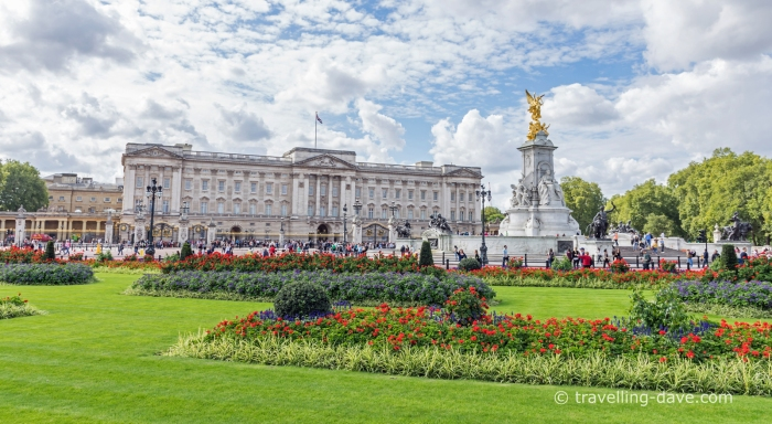 Flowers in front of Buckingham Palace in London
