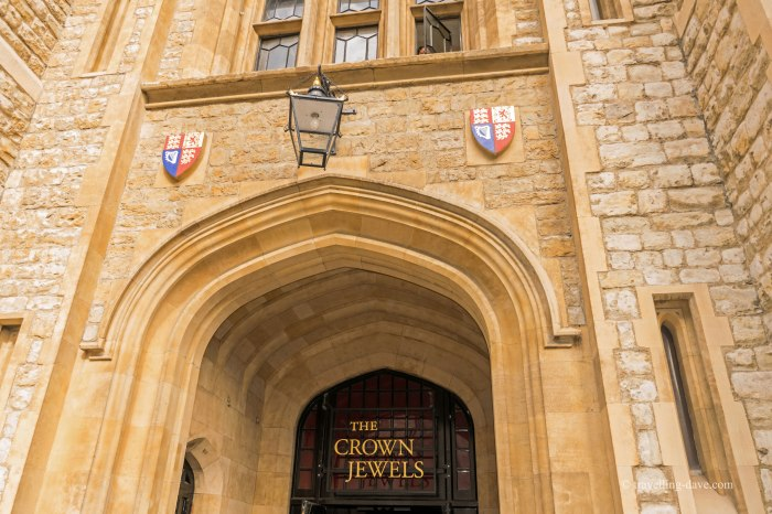 Crown Jewels rooms entrance in London