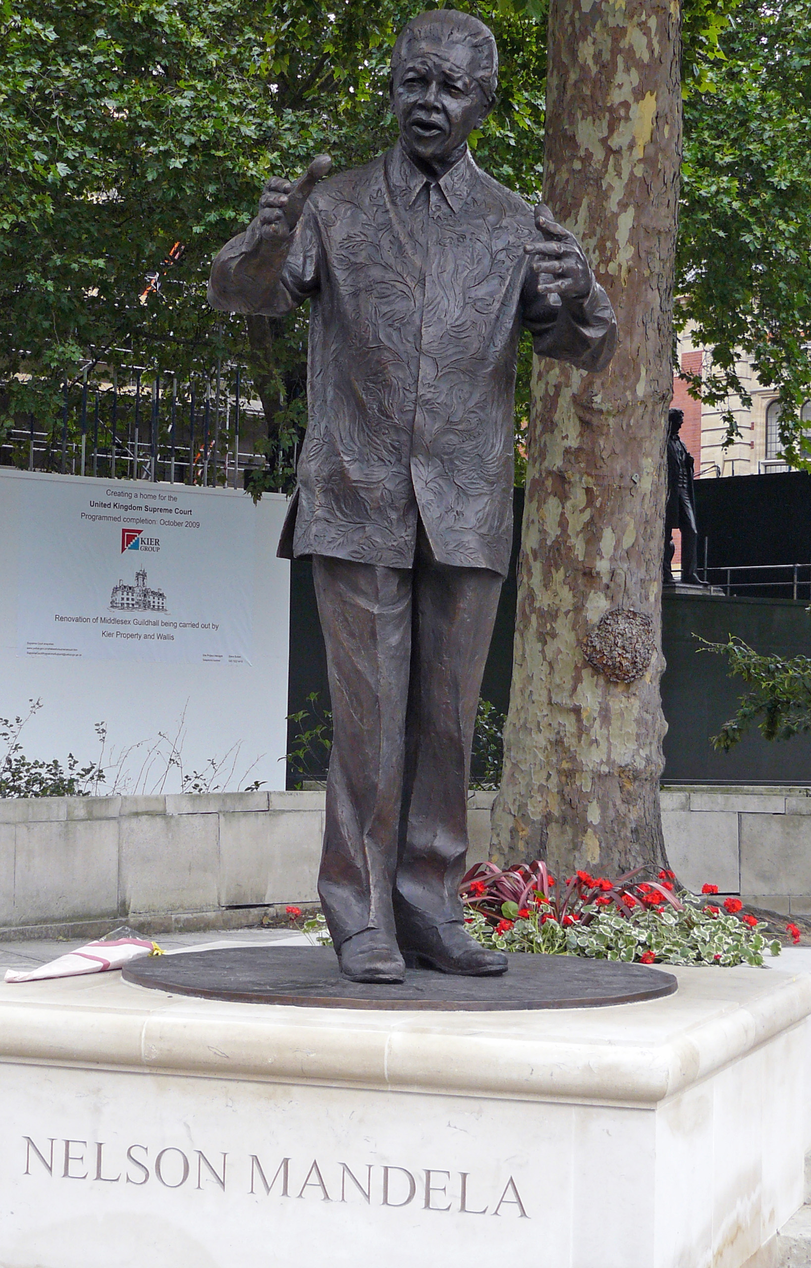 View of the statue of Nelson Mandela in London