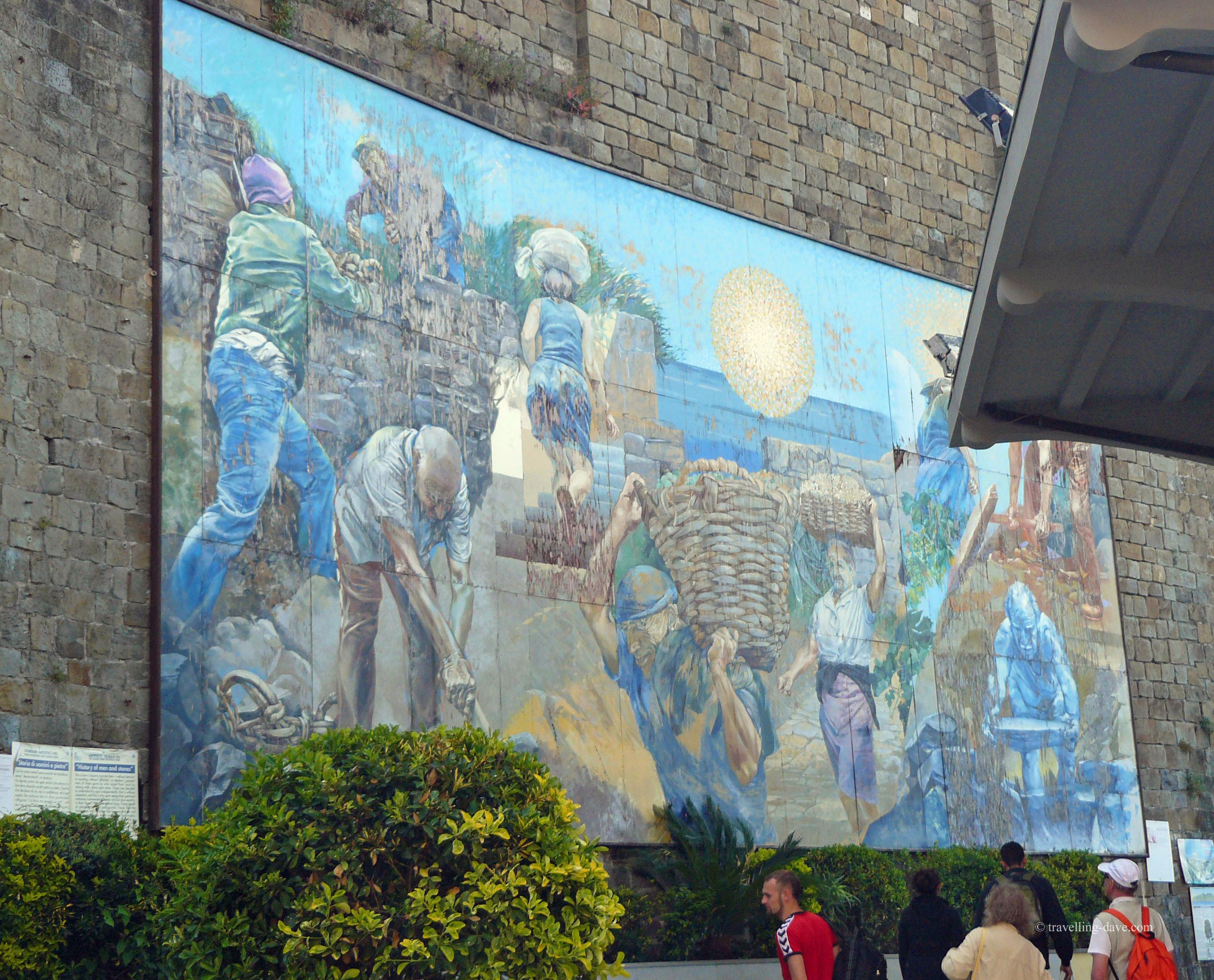 A beautiful mural outside Riomaggiore train station