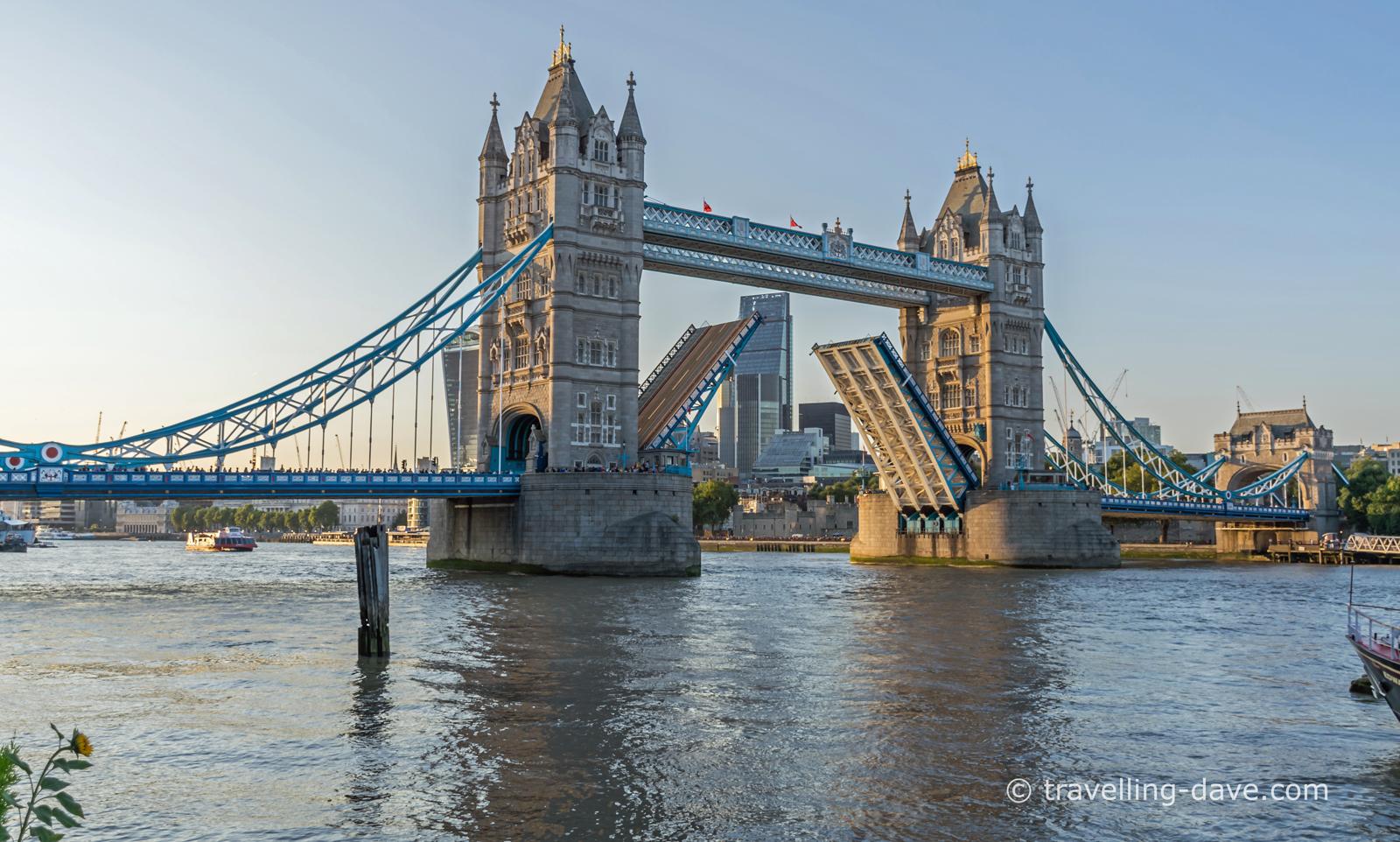 Tower Bridge opening