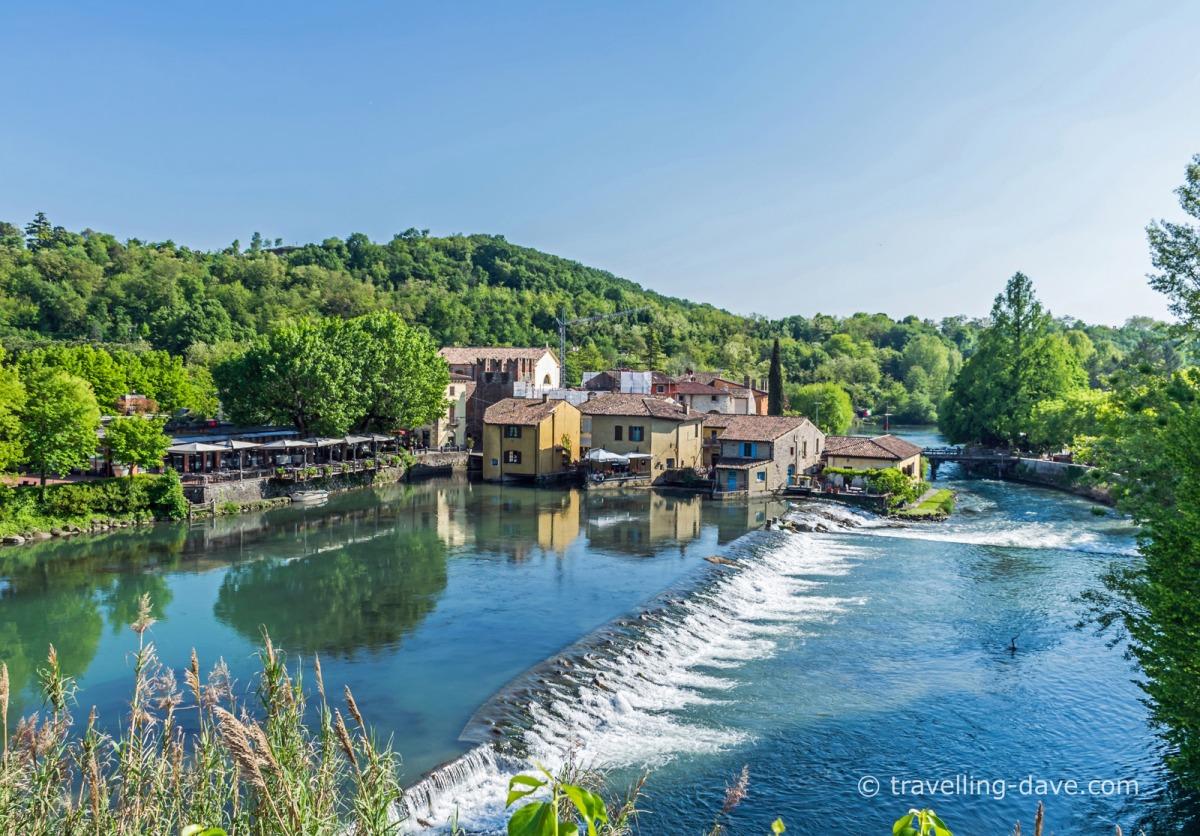 View of the village of Borghetto sul Mincio