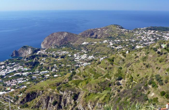 The coast on the island of Ischia