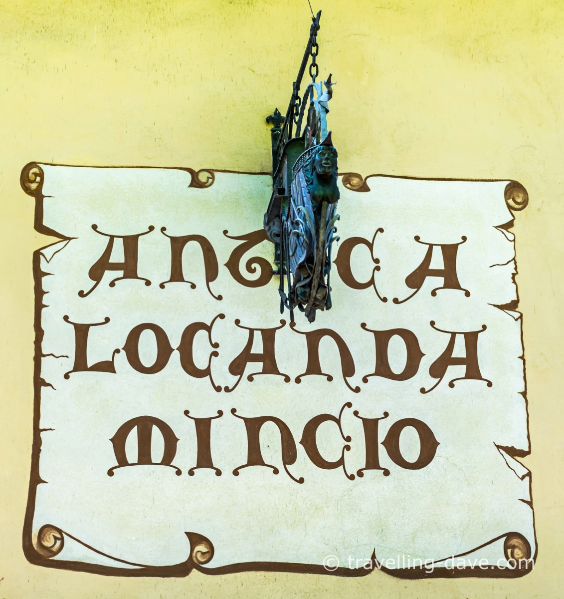 Restaurant sign in Borghetto sul Mincio