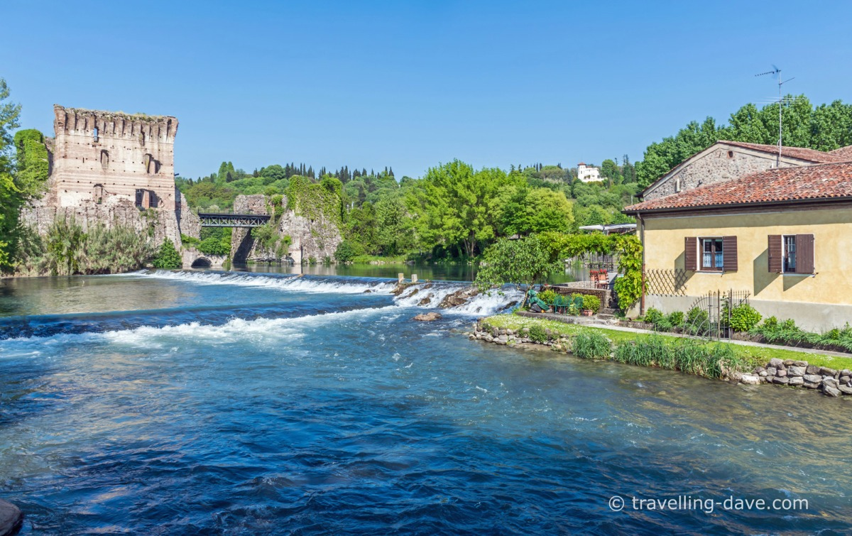 Borghetto houses by the river Mincio