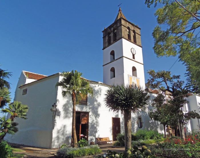 View of Icod de Los Vinos church