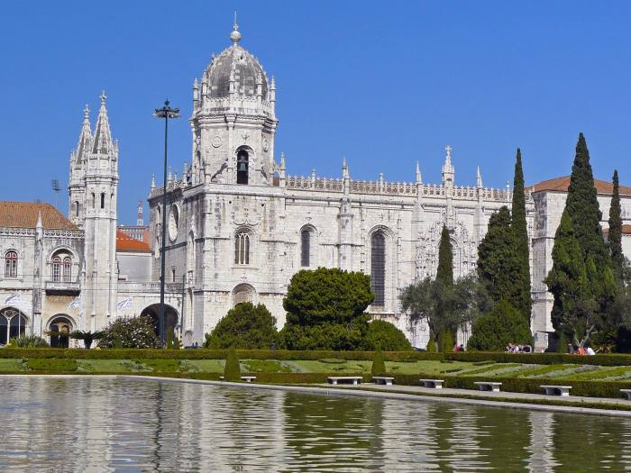 View of the church at Jeronimos Monastery