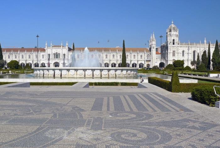 View of Jeronimos Monastery and fountain in Lisbon