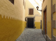 A colorful street in Las Palmas Old Town