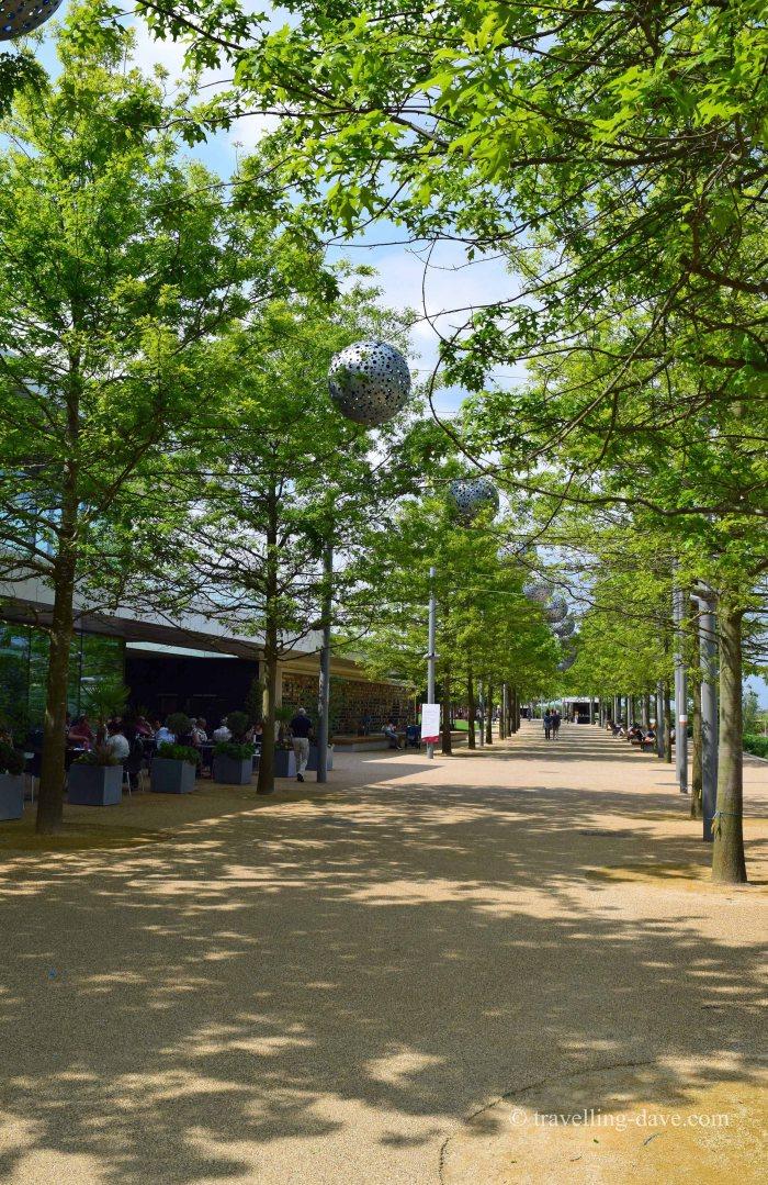 Queen Elizabeth Olympic Park promenade