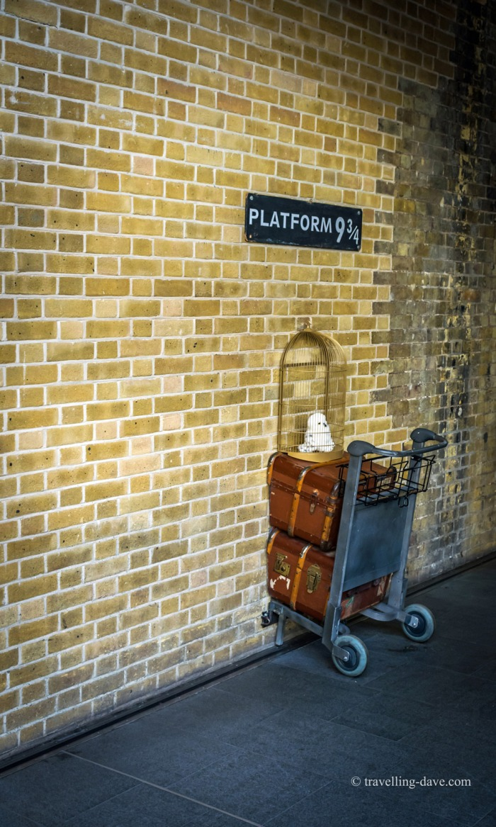 Trolley against the wall at Platform 9 3/4