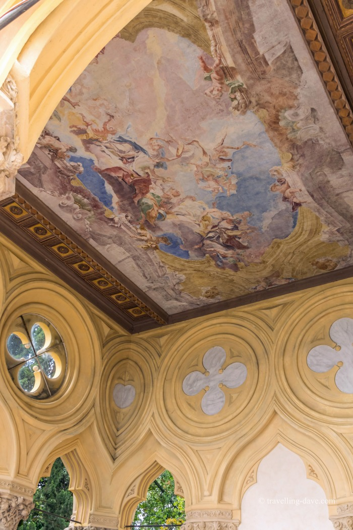 Fresco on the ceiling at Villa Borghese-Cavazza