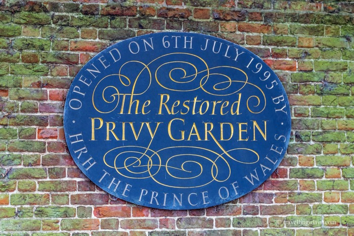 View of the blue commemorative plaque of the Privy Garden