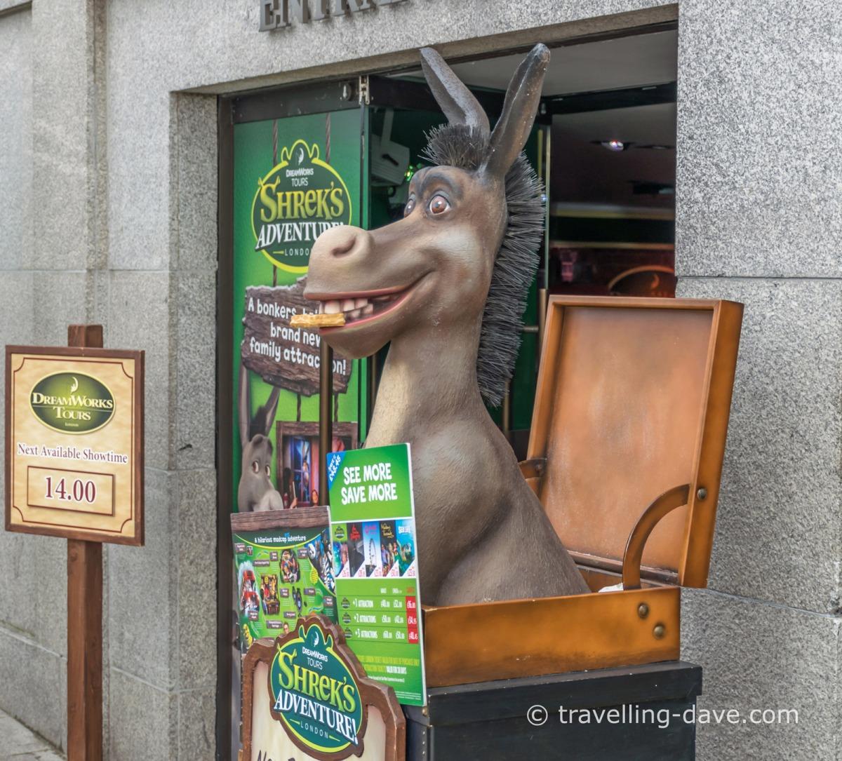 View of a figurine of Shrek's Donkey