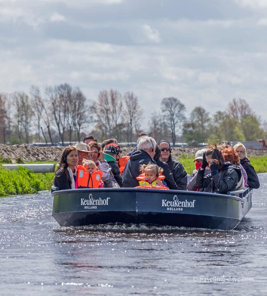 People on a boat at Keukenhof