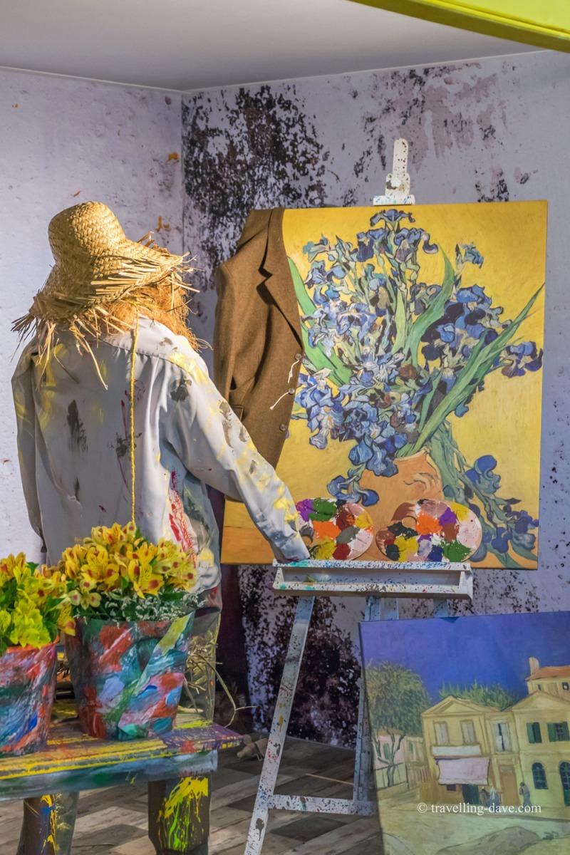 Art installation dedicated to Vincent Van Gogh