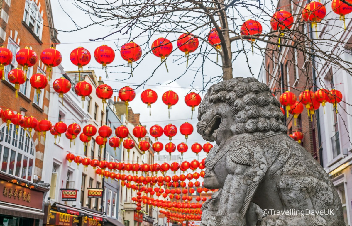 Lanterns and lion statues in London's Chinatown